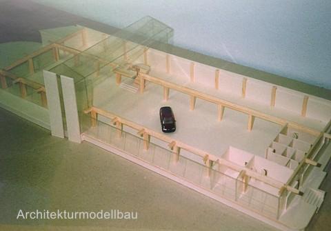 Architekturmodell eines Autohauses