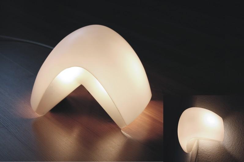 Organisch geformte Lampe aus Polycarbonat